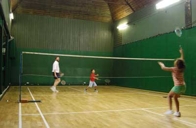 Junior badminton coaching the Limpsfield Club